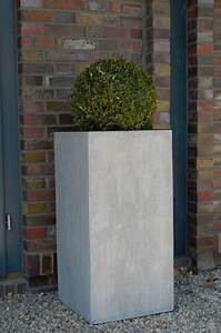 Pflanzkübel Beton Hoch : pflanzk bel blumenk bel block 80 aus fiberglas beton design ~ Whattoseeinmadrid.com Haus und Dekorationen