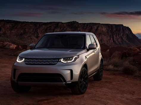Land Rover Discovery Backgrounds by 2017 Land Rover Discovery Sd4 Hd Cars 4k Wallpapers