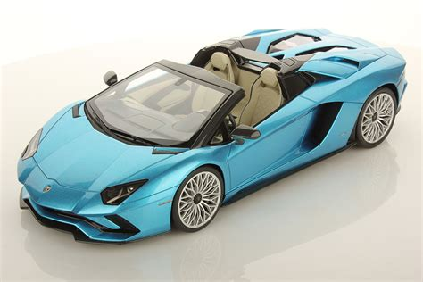 lamborghini aventador s roadster color lamborghini aventador s roadster 1 18 mr collection models