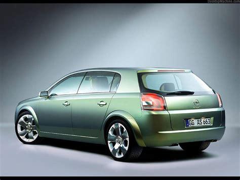 Opel Signum by Opel Signum 2 1024x768 B1 Tapety Na Pulpit Samochody