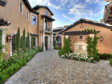 toscana home interiors 10 mediterranean inspired outdoor spaces hgtv