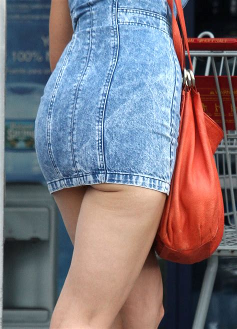 katie holmes  short jeans dress  gotceleb