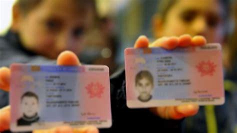 stranieri in italia permesso di soggiorno rinnovo permesso di soggiorno per attesa occupazione