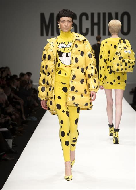 MOSCHINO FALL WINTER 2014 15 WOMEN?S COLLECTION   The