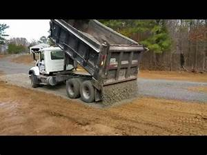 Reverse Drop Spreading Gravel from Dump Truck! This guy is ...