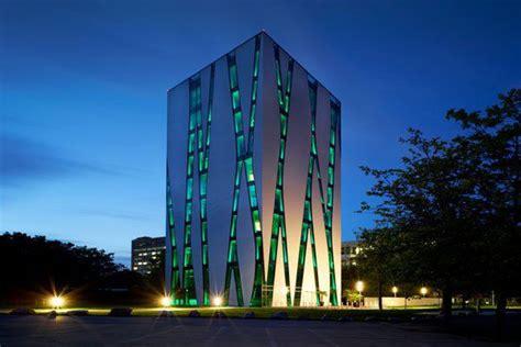 edificio oase diseno de una biblioteca medica