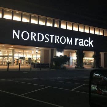nordstrom rack beaverton nordstrom rack cascade plaza 27 photos 43 reviews