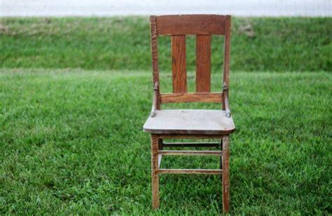 stenciled grain sack chair seat  repurposed life