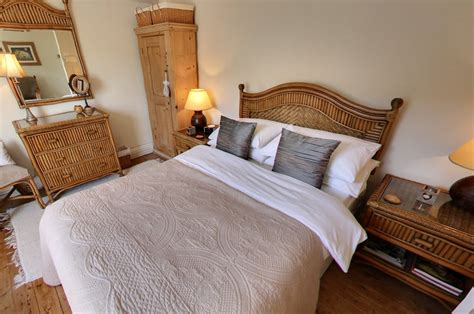 Master Bedroom  Peak District Holidays Ltd  5 Star Self