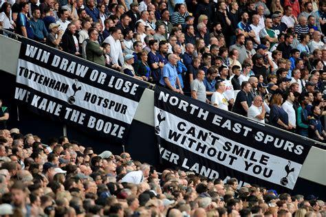 Tottenham Hotspur fans react to Sergio Reguilon's ...