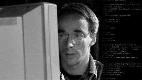 linux turns   bigger   professional