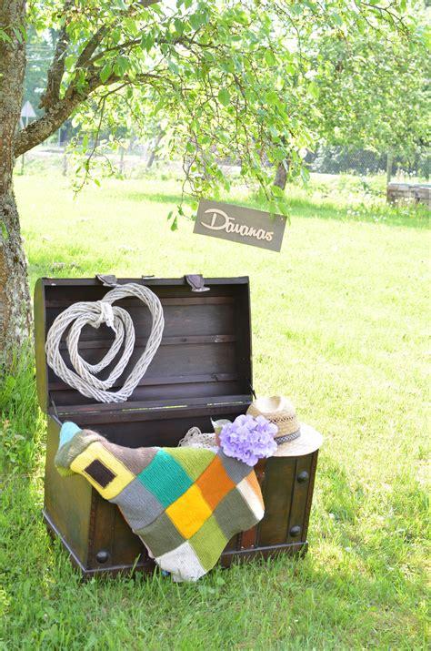 Lāde dāvanām un citiem labumiem! | Garden hose, Outdoor ...