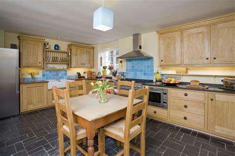 Cottage Kitchen Designs