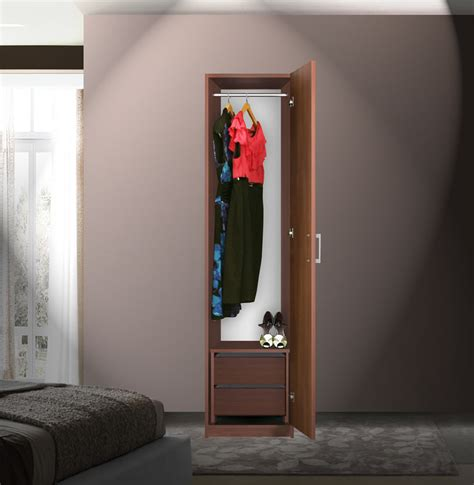 bella narrow closet  opening door  interior