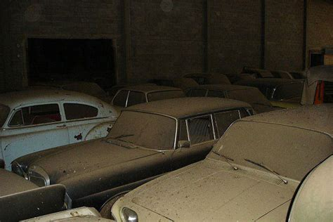 Antique Cars Found In Barn by A Retired Becomes Multimillionaire When It Buys A