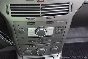 Radio Opel Astra H : 023 radio wechsel opel astra h astra twintop ~ Jslefanu.com Haus und Dekorationen