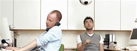 jouer au bureau jouer au travail allier détente et sérieux