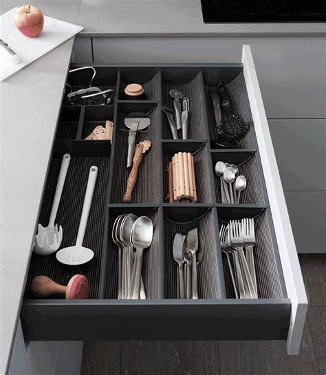 tiroir interieur cuisine rangement interieur tiroir maison design sphena com