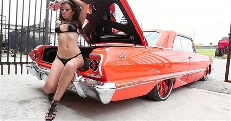 Mexican Lowrider Girls