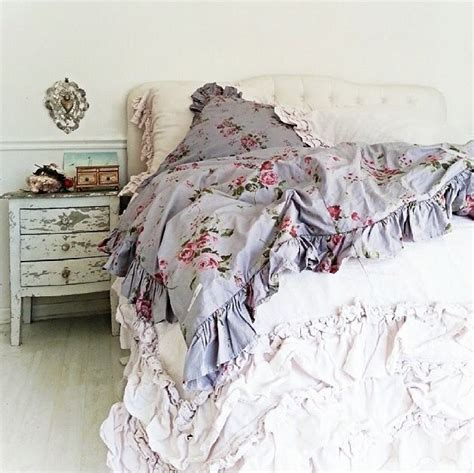 simply shabby chic bedroom simply me shabby chic bedroom romantic shabby style pinterest shabby chic bedrooms and