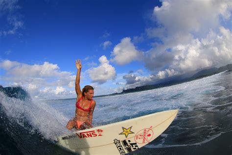 surfing - Janni Hönscheid, surfer & model
