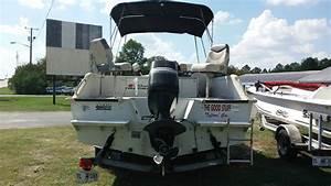Sun Tracker Fishin U0026 39  Barge 21 2004 For Sale For  5 500