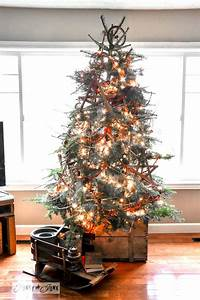 7, Garland, Twigged, Out, Christmas, Tree, In, A, Cratefunky, Junk, Interiors