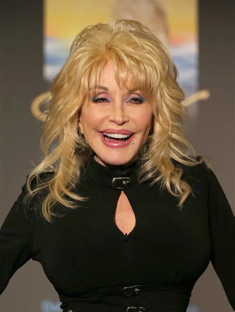 Find Out Why Dolly Parton Once Left Her Husband Carl Dean - Closer Weekly