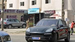 Bmw Ou Mercedes : l 39 afrique eldorado potentiel pour voitures de luxe l 39 express l 39 expansion ~ Medecine-chirurgie-esthetiques.com Avis de Voitures
