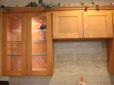 honey colored kitchen cabinets honey maple 101 building supply 4322