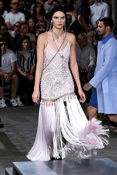 Jenner Kendall Givenchy Catwalk Paris Summer Week