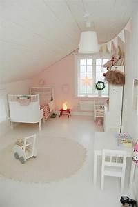 Chambre Rose Pale : 80 astuces pour bien marier les couleurs dans une chambre d enfant kids room pinterest ~ Melissatoandfro.com Idées de Décoration
