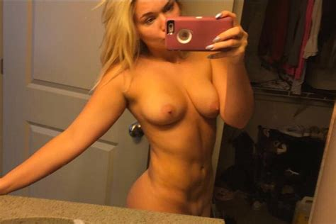 Zoie Burgher Nude Collection Pics Sexy Youtubers