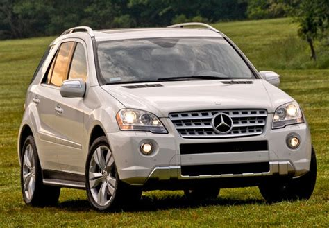 All ml350 models typically include the following standard features.* THE ULTIMATE CAR GUIDE: Mercedes Benz M Class - Generation 2.2 (2010-2012)