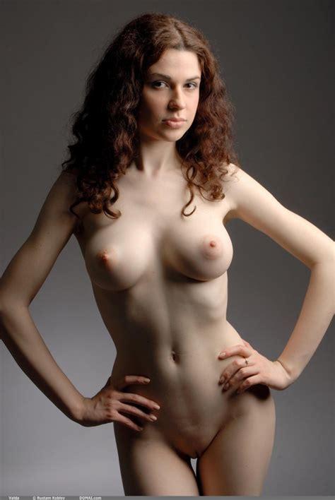 Valda Beautiful Natural Breasts Redbust