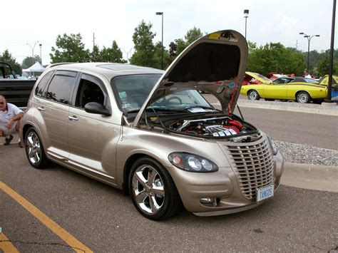 2005 Chrysler PT Cruiser - Information and photos - MOMENTcar