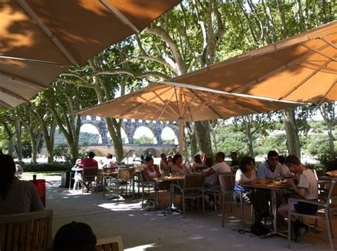 pont du gard photo de restaurant traditionel les
