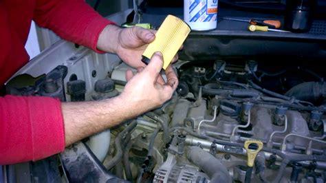 guida  cambiare il filtro dellolio motore della