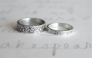 Crown double band silver wedding rings for couple for Silver band wedding rings