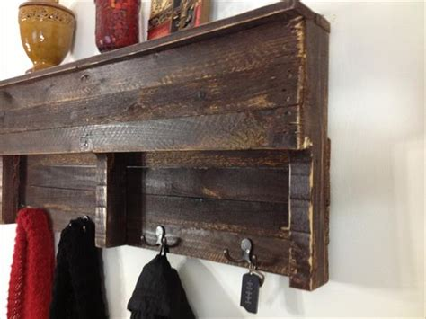 pallet shelf coat hanger pallet furniture plans