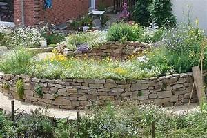 Erhöhte Terrasse Bauen : bildergebnis f r hochbeet aus naturstein selber bauen garten pinterest ~ Orissabook.com Haus und Dekorationen
