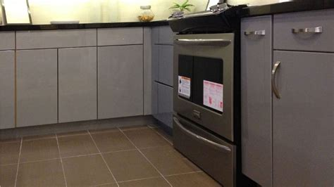 painted flat panel kitchen cabinets high gloss grey flat slab panel cabinets