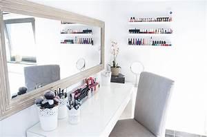 Miroir Maquillage Ikea : mon rangement makeup domino effect ~ Teatrodelosmanantiales.com Idées de Décoration