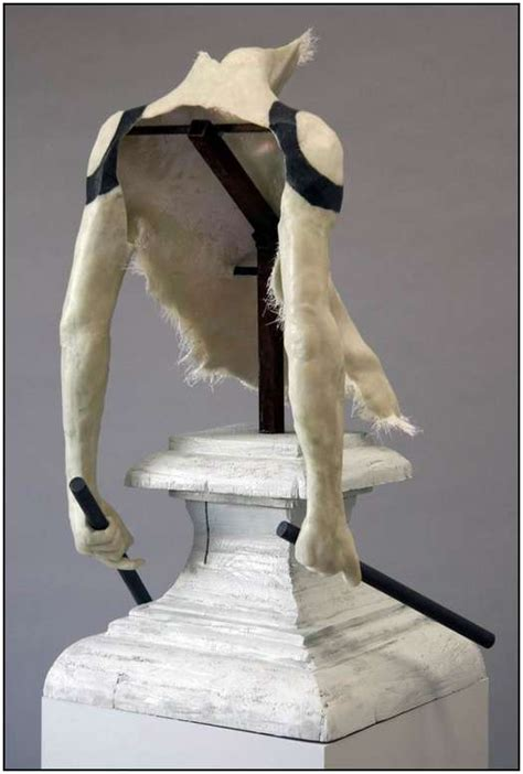 Sculptures by Gregor Gaida Have Something Almost Unreal