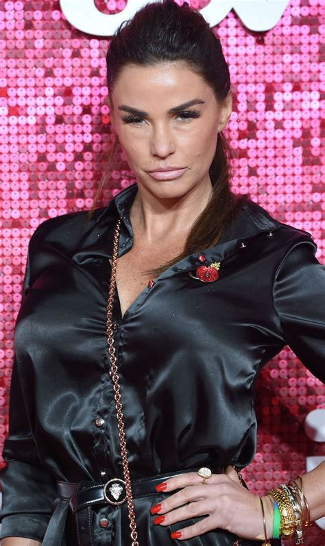 Jul 27, 2020 · and katie price, 42, appeared to be making the most of turkey's balmy climes on monday, when she was spotted sunning herself by her hotel's swimming pool. Katie Price - ITV Gala Ball in London 11/09/2017