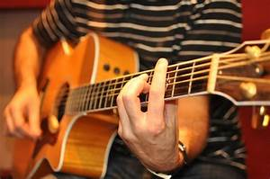 Buyers Guide  What Is The Best Acoustic Guitar Pickup