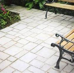 quikrete walk maker will you laying pavers like a pro