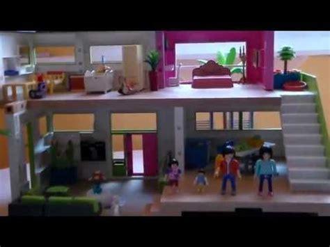 Playmobil Les Nouveaux Voisins S'installent Dans La Maison