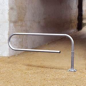 Dachüberstand Verkleiden Material : drehbare schranke in b roklammer form das original ~ Markanthonyermac.com Haus und Dekorationen