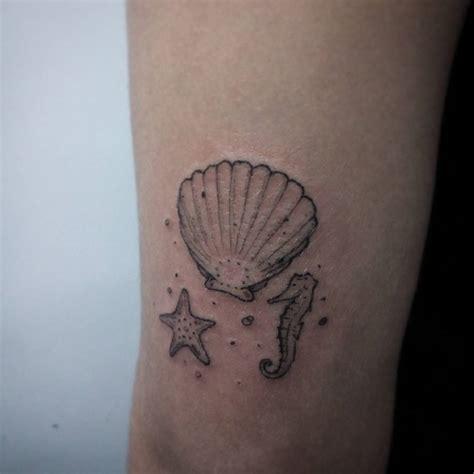 tatuajes pequenos  bonitos  mujeres  aman el mar